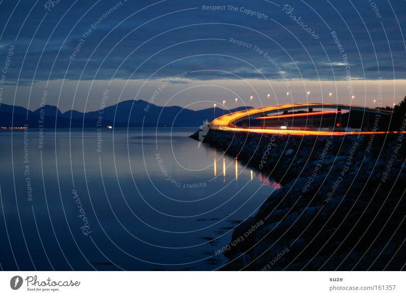 Erleuchtung Ferien & Urlaub & Reisen blau Meer Landschaft dunkel Berge u. Gebirge Straße Bewegung außergewöhnlich leuchten Verkehr Geschwindigkeit Zukunft