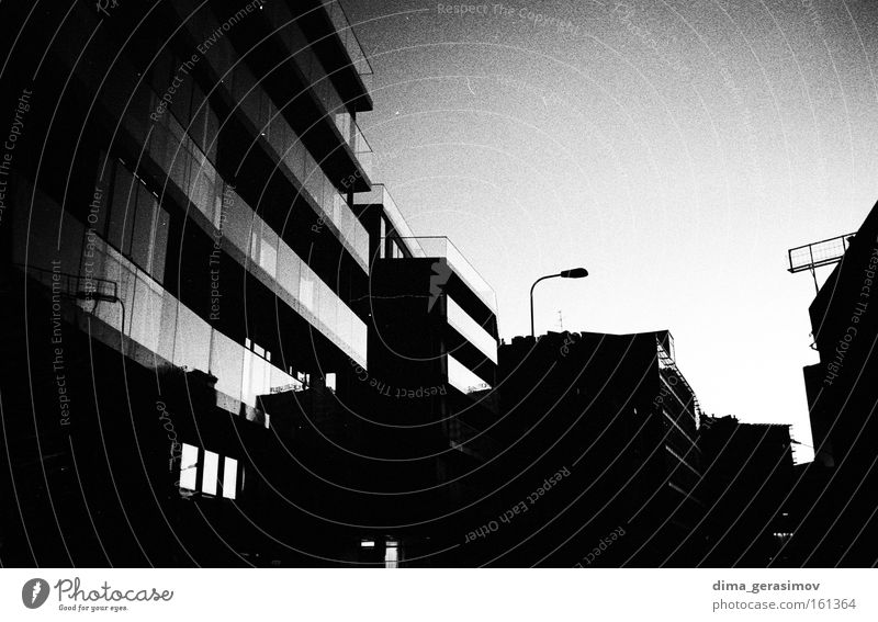 Sommer Straße Architektur Schwarzweißfoto Estland 2009 Tallinn