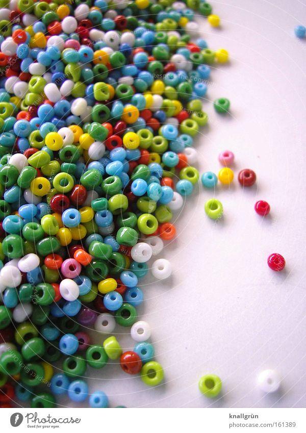 Jetzt wird gebastelt! Perle Glasperle mehrfarbig Basteln grün rot gelb weiß blau orange braun Dekoration & Verzierung Indianerperlen Rocailles