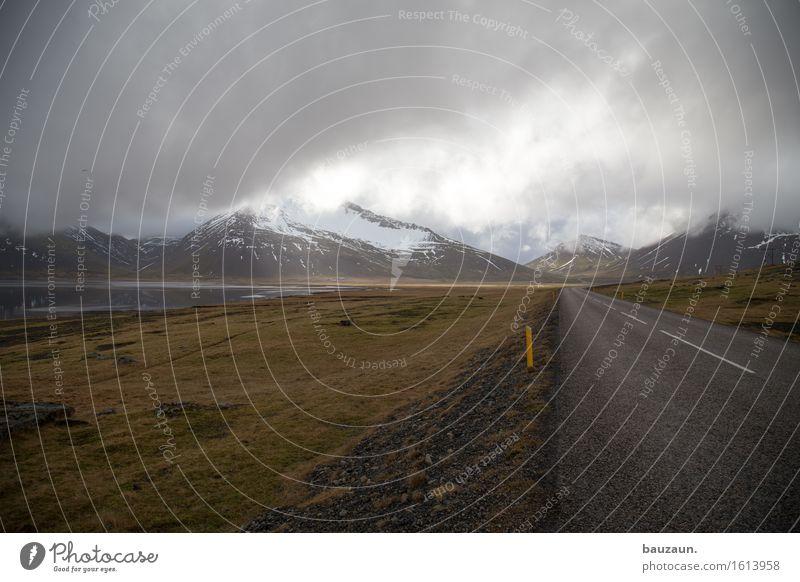 lichtblick. Natur Ferien & Urlaub & Reisen Landschaft Einsamkeit Wolken Ferne Winter Berge u. Gebirge Umwelt Straße Gras Schnee Freiheit Tourismus Wetter