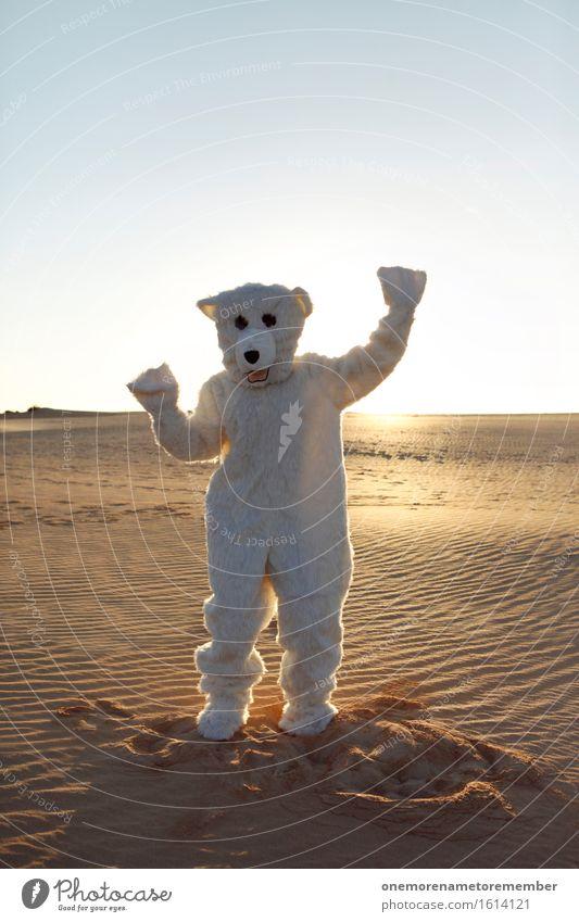 happy bear Kunst Kunstwerk ästhetisch Bär Eisbär Tier Kostüm Fell weiß verkleidet Freude spaßig Spaßvogel Spaßgesellschaft Unsinn verrückt Sand Wüste Tanzen