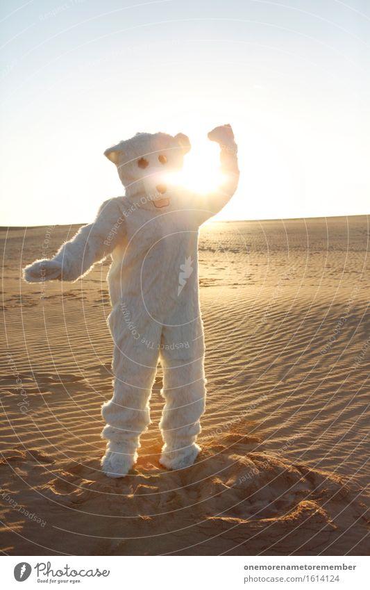 Sommertanz Kunst Kunstwerk ästhetisch Eisbär Bär Ungeheuer ungeheuerlich Fell weiß Sand Wüste Düne Freude spaßig Spaßvogel Spaßgesellschaft Tanzen Kostüm Kraft