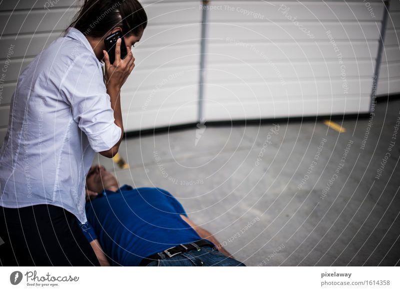 Notruf Gesundheit Gesundheitswesen Behandlung Medikament Mensch 2 Widerbelebung aed kardiopulmonale Reanimation Herzmassage Defibrillation Erste Hilfe