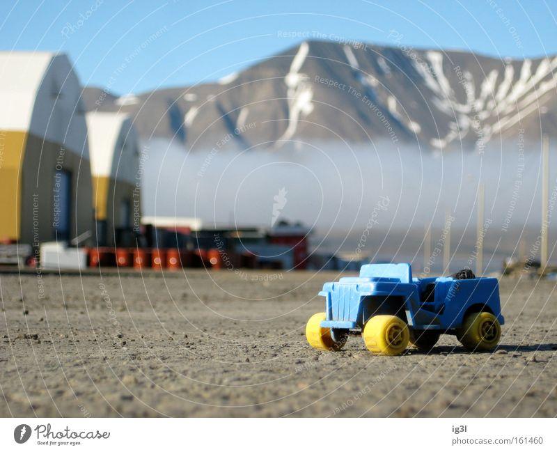 Marsmobil Mondlandung NASA Raumfahrt Fälschung Spielzeug Sandkasten Mondlandschaft Vulkankrater Kindergarten Freude PKW Fahrzeug Geschwindigkeit Fortschritt