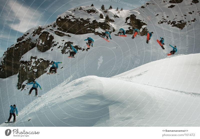 Alain in der Luft Winter Schnee Berge u. Gebirge springen Stil Reihe Freestyle Trick Funsport Snowboarding Extremsport