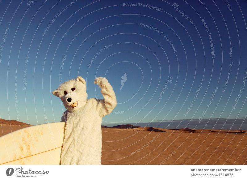 YES! Kunst Kunstwerk ästhetisch Eisbär weiß Kostüm Surfbrett Surfschule Surfen Surfer Unsinn Freude spaßig Spaßvogel Spaßgesellschaft Sand wüst Wüste Düne