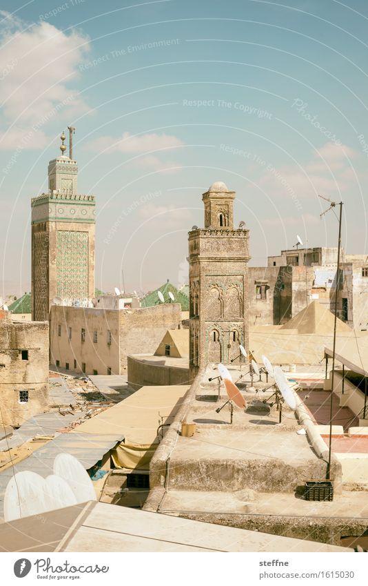 dachlandschaft Skyline trocken Marokko Naher und Mittlerer Osten Arabien Minarett Satellitenantenne Dach Schönes Wetter Ferien & Urlaub & Reisen Fes Farbfoto