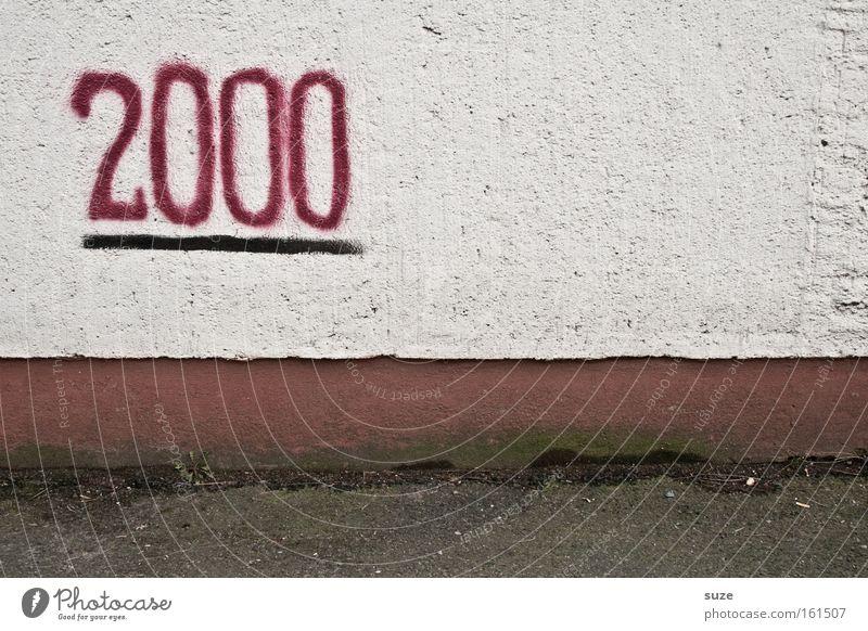 Geschafft! alt Graffiti Wand Mauer Feste & Feiern dreckig trist Ziffern & Zahlen Zeichen Ziel trocken Ende Putz Feiertag Straßenkunst Schmiererei