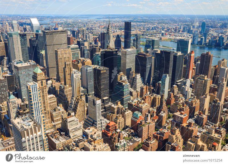 New York City Manhattan Skyline Luftaufnahme Ferien & Urlaub & Reisen Stadt Straße Architektur Gebäude Business Tourismus Büro Hochhaus historisch USA