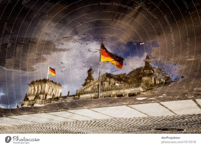 Bunte Pfützenwelt mit Reichstag Ferien & Urlaub & Reisen Tourismus Ausflug Freiheit Sightseeing Städtereise Stadtzentrum Einfamilienhaus Palast Sehenswürdigkeit