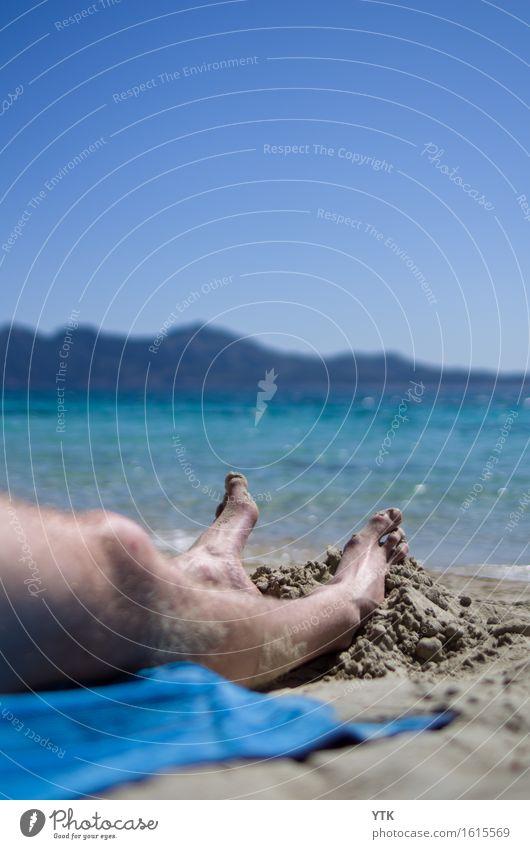 Füße in den Sand Lifestyle Reichtum exotisch Freude schön Körper Freizeit & Hobby Ferien & Urlaub & Reisen Tourismus Freiheit Sommerurlaub Sonne Sonnenbad