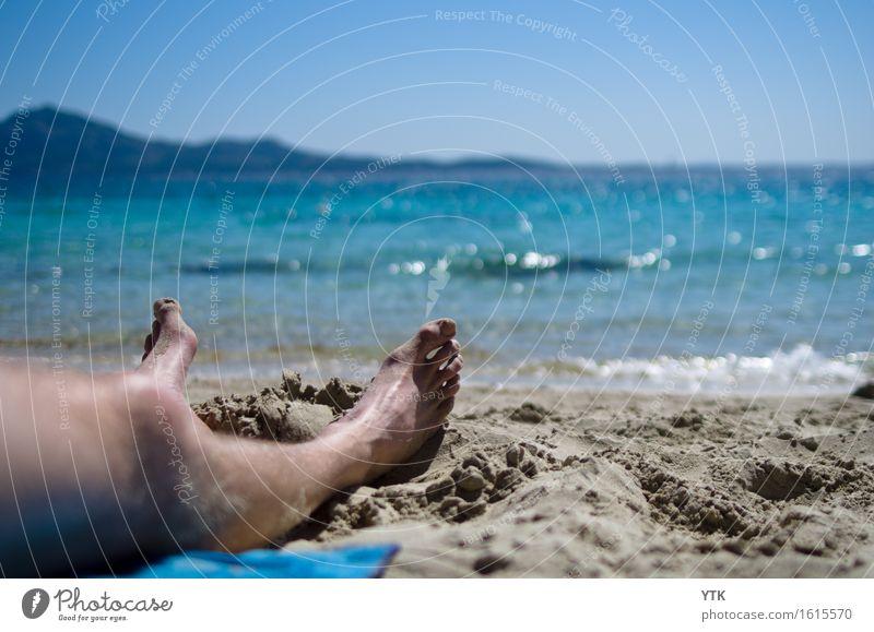 Das Rauschen der Wellen Mensch Ferien & Urlaub & Reisen Mann Sommer Sonne Meer Erholung Strand kalt Erwachsene Gesundheit Beine Freiheit Fuß maskulin Tourismus