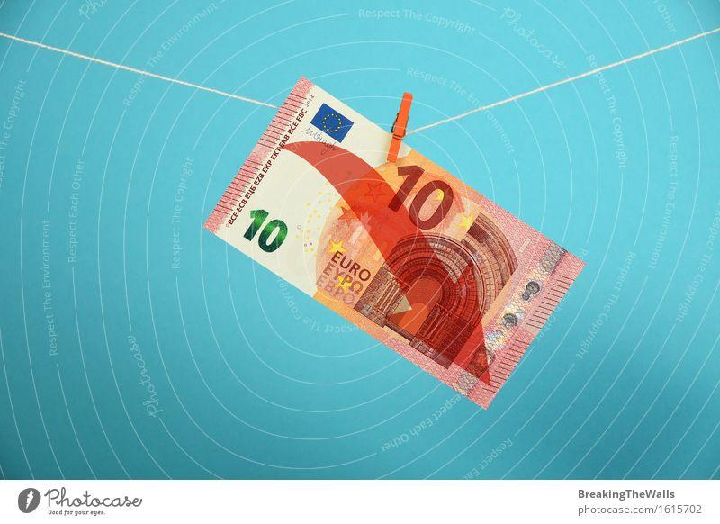 Europäische Wirtschaftskrise, Rückgang des Euro blau rot Business Europa Seil Schnur Geld Pfeil Europäer abwärts Geldscheine Kapitalwirtschaft Krise
