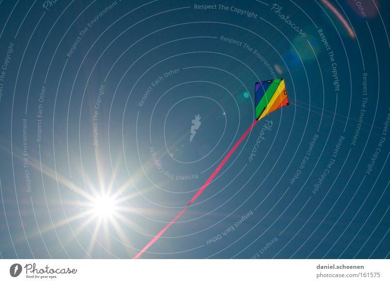 Sonne !!!!! Wind Lenkdrachen Kiting Farbe mehrfarbig Sommer Luftverkehr Sonnenstrahlen Wetter Licht Himmel blau Freude Himmelskörper & Weltall