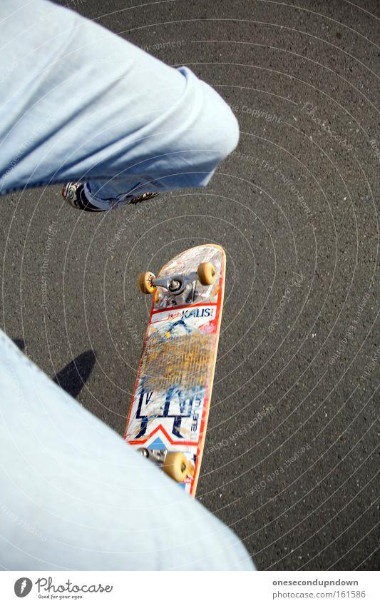 Suicidal Skate Jugendliche Freude Sport springen Freizeit & Hobby außergewöhnlich Skateboarding extrem Salto Trick Extremsport
