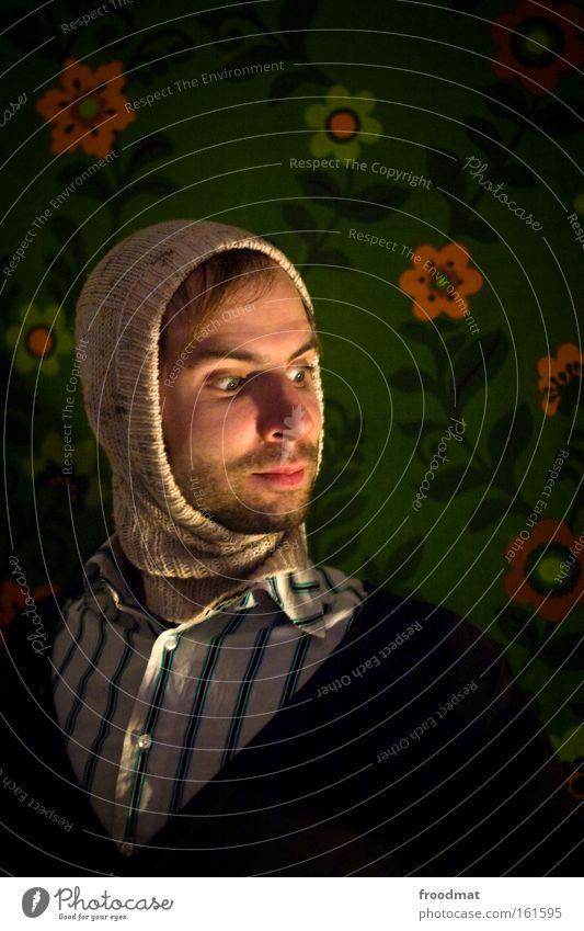 erleuchtung Lampe Beleuchtung leuchten Hippie Jugendliche Mann Bart lachen grinsen Freude Blume Tapete Porträt lustig Humor Mütze Konzentration