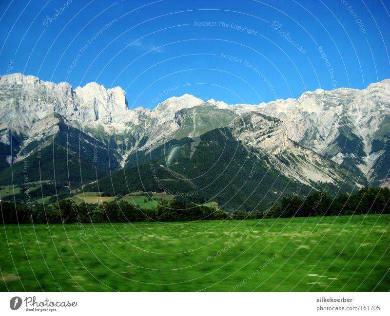 aper Natur blau grün Sommer Wiese Berge u. Gebirge grau Luft Kraft frei frisch Macht massiv robust Wucht