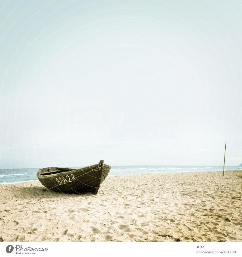 Fundstück Himmel Wasser Strand Meer Ferien & Urlaub & Reisen ruhig Einsamkeit Erholung Freiheit Holz träumen Küste Wasserfahrzeug See Horizont Ausflug