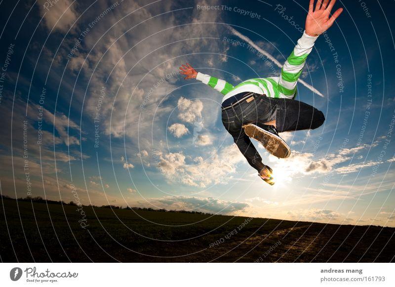 fly to the sun Himmel Sonne Freude Spielen Freiheit Wege & Pfade springen Stil Feld Luftverkehr Aktion genießen