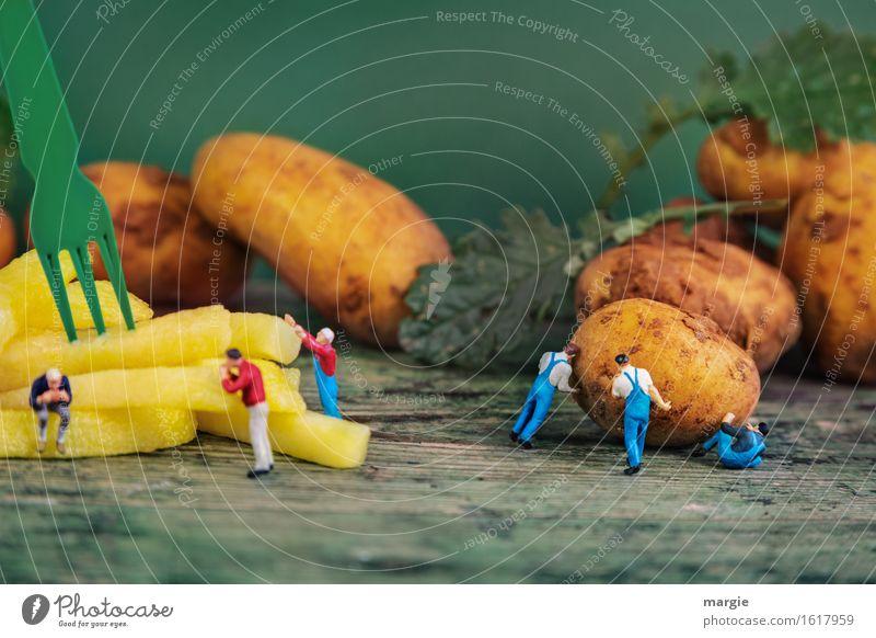 Miniwelten - Fritten Herstellung Lebensmittel Gemüse Ernährung Mittagessen Gabel Arbeit & Erwerbstätigkeit Beruf Handwerker Koch Arbeitsplatz Baustelle Küche