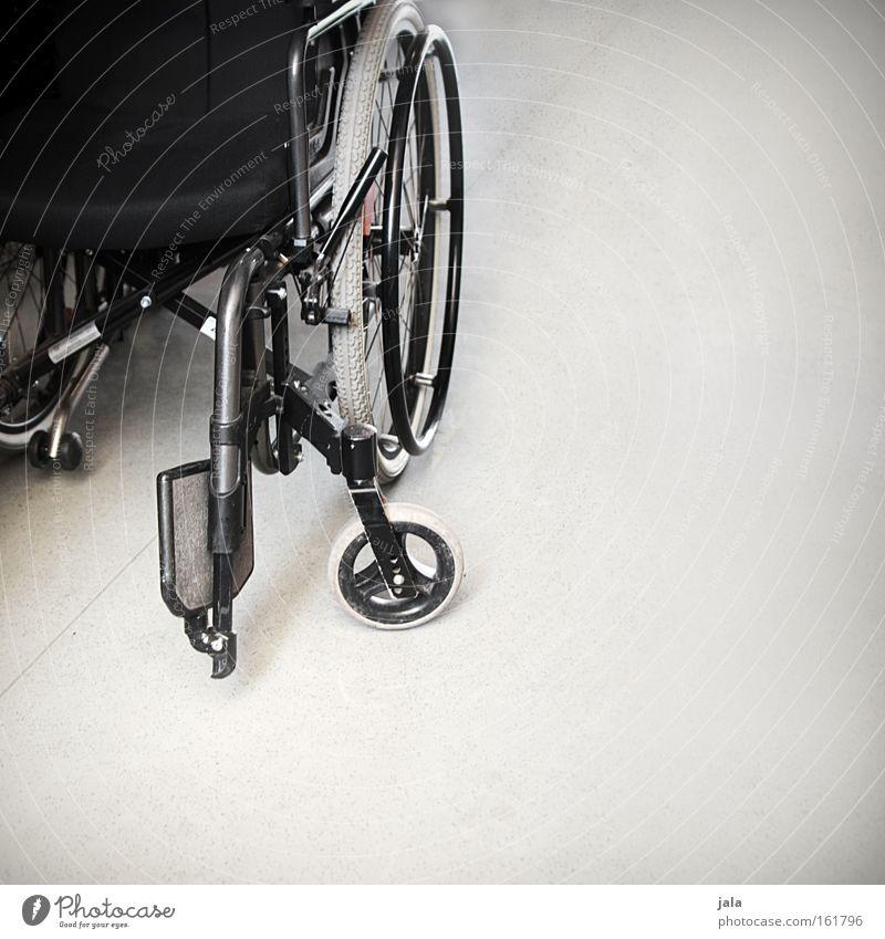 und plötzlich ist alles anders Einsamkeit Gesundheit Vergänglichkeit Mobilität Barriere Unfall Arbeit & Erwerbstätigkeit Schicksal Behinderte Ausgrenzung