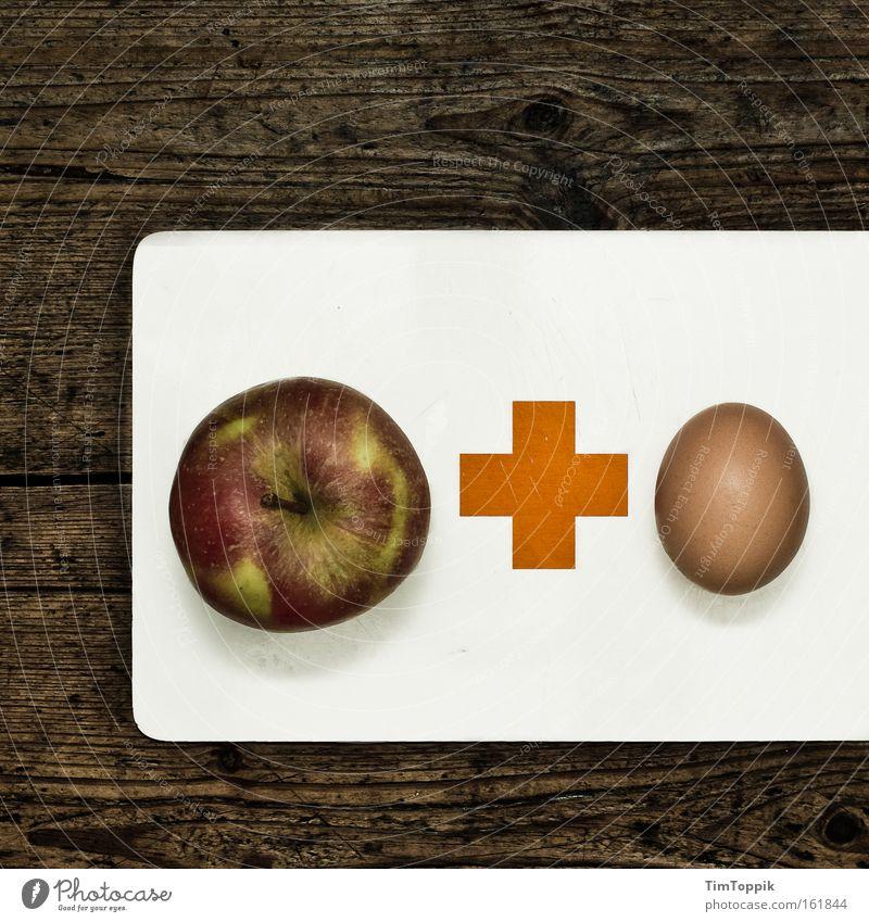 Krisenfrühstück Billig Ein Schnäppchen machen Apfel sparen geizig Finanzkrise Armut Arbeitslosengeld Wirtschaftskrise Frühstück Arbeitslosigkeit Schlussverkauf