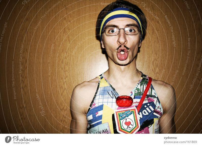 Allet klar? trashig Mode Geschmackssinn attraktiv schön Mann Mensch Oberlippenbart Karneval Stirnband Mut selbstbewußt Humor Freude Club bad taste modesünden