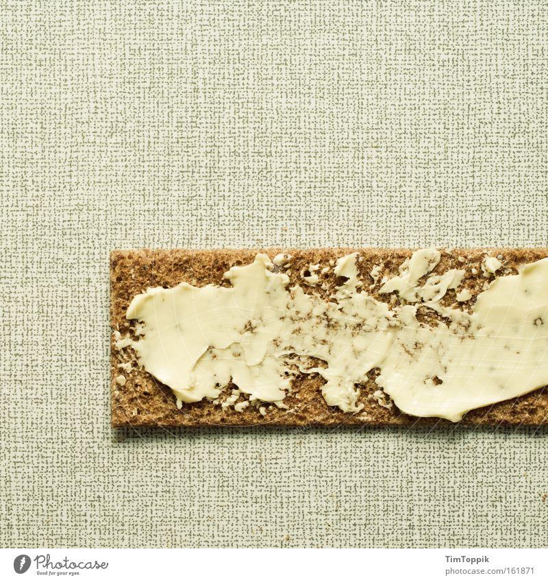 Krisenfrühstück 2.0 Ernährung Küche Appetit & Hunger Frühstück Brot sparen Schneidebrett Mahlzeit Butter Knäckebrot