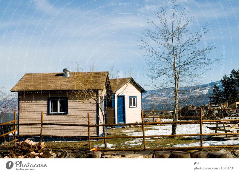 Der Frühling naht! Fenster Tür Dach einzigartig Hütte Haus Traumhaus