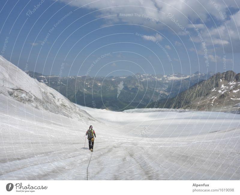 Gletscher Ferne Berge u. Gebirge Schnee Felsen Eis wandern Kraft Erfolg Schönes Wetter Abenteuer Gipfel Sicherheit Frost Alpen Schneebedeckte Gipfel Höhenangst