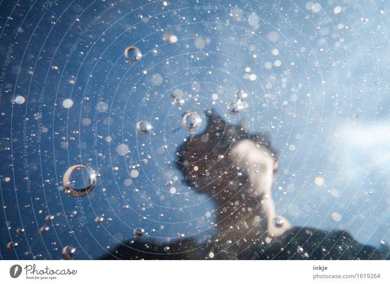 underwaterworld Gesicht 1 Mensch Urelemente Luft Wasser Himmel Luftblase Blase Wasseroberfläche Schwimmen & Baden rund blau Wassertropfen Blubbern Ferne
