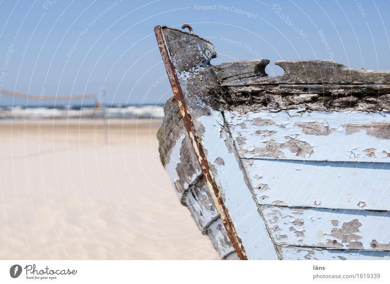 gestrandet Himmel Ferien & Urlaub & Reisen alt Sommer Wasser Sonne Meer Landschaft Ferne Strand Küste Freiheit Sand Tourismus liegen Wellen
