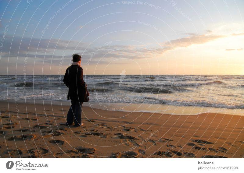 Sehnsucht nach Meer Natur Himmel Sonne Sommer Strand Ferien & Urlaub & Reisen ruhig Sand Wellen Küste Spuren Sonnenuntergang Gedanke
