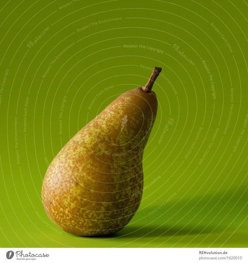 Birne Lebensmittel Frucht Ernährung Gesundheit Gesunde Ernährung lecker grün geschmackvoll genießen frisch fruchtig Farbfoto Innenaufnahme Tag