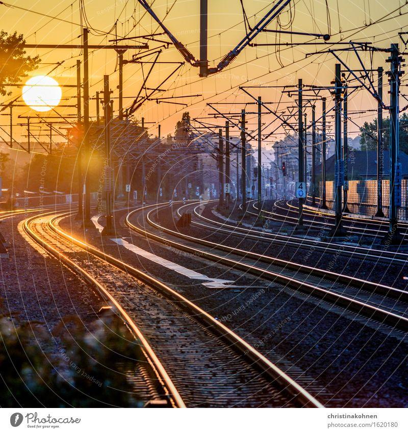 Fernweh - Sonnenuntergang über den Bahngleisen Ferien & Urlaub & Reisen Ferne Bahnfahren Güterverkehr & Logistik Technik & Technologie Schönes Wetter Köln