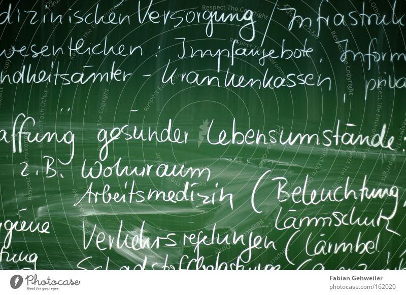 back to school Schule Berufsausbildung Gesundheitswesen Tafel Wohnung Krankenpflege Gesetze und Verordnungen Kreide