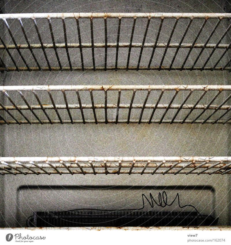 ranzig Ekel gebraucht dreckig Kühlschrank schäbig Gitter Ablage Kühlkörper DDR Fächer Korn Russland Haushalt Elektrisches Gerät Technik & Technologie Küche