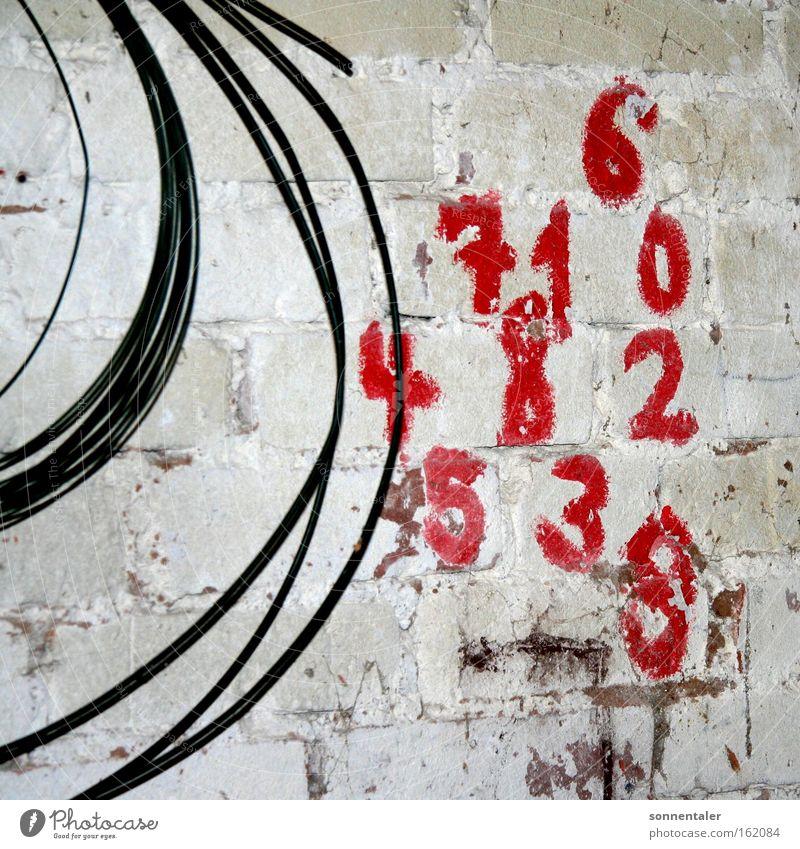 erzähl mir was Ziffern & Zahlen Farbe rot Wand Mauer Stein Kabel Gemälde zeichnen zählen Anordnung Detailaufnahme Spielen Malerei & Zeichnungen verzählen