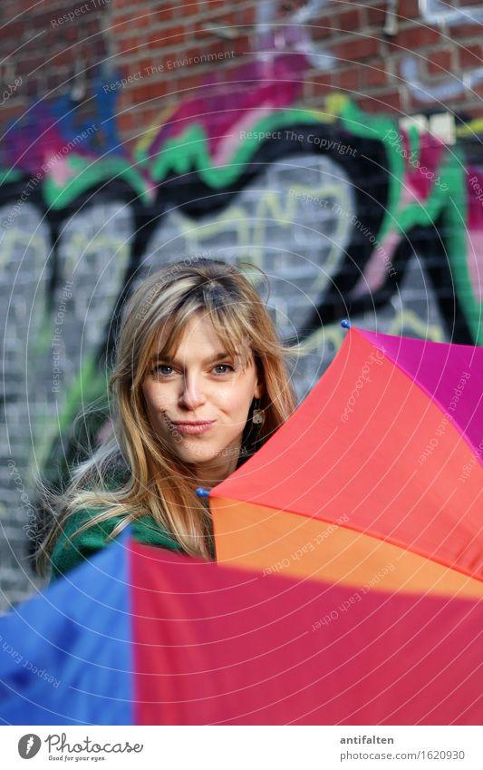 Sicherheits-Schirm schön Haare & Frisuren Gesicht Gesundheit feminin Frau Erwachsene Freundschaft Leben Auge Ohr Nase Mund Lippen 1 Mensch 30-45 Jahre Künstler