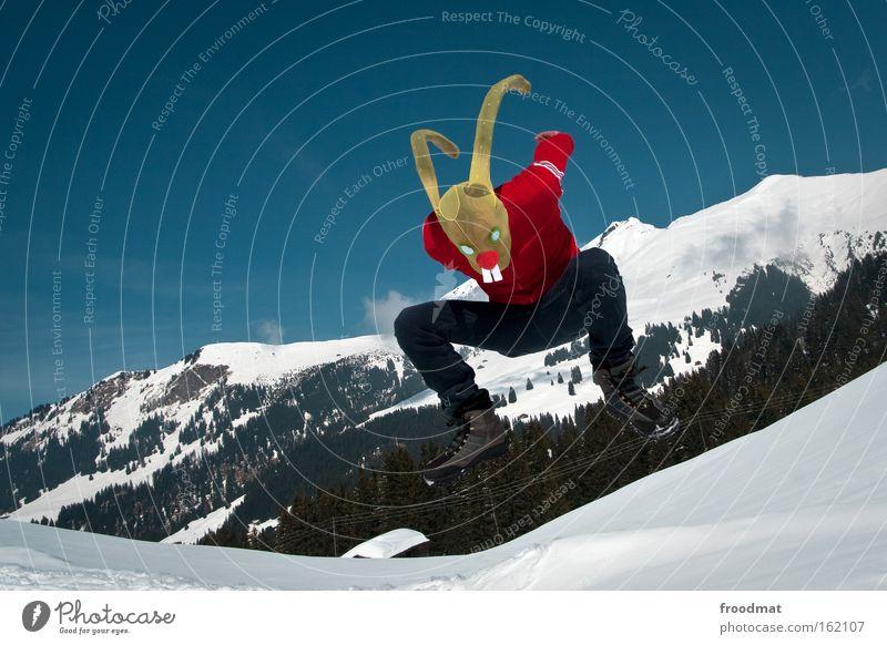 ostern hooray Schweiz Berge u. Gebirge Schnee springen Freude Maske verkleiden Ostern Osterhase Alpen lustig verrückt Strumpfhose Winter Hase & Kaninchen