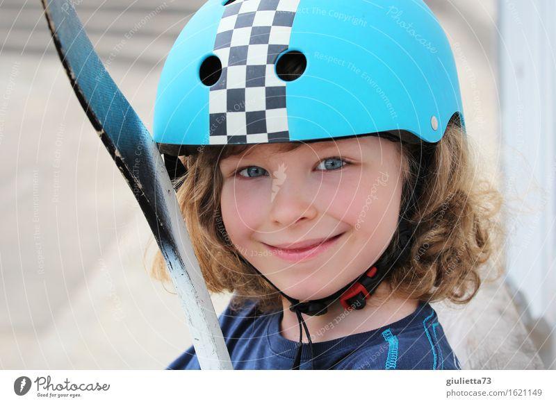 Ice hockey player in the summer Mensch Kind schön Sommer Leben Sport Junge Spielen Glück maskulin Freizeit & Hobby blond Kindheit Lächeln 8-13 Jahre langhaarig