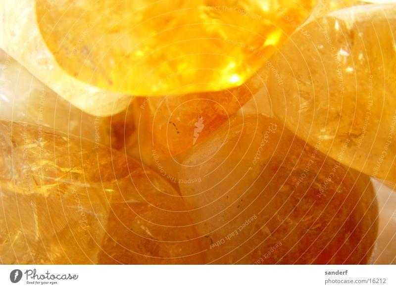 wundersteine Edelstein gelb Makroaufnahme Nahaufnahme Stein Mineralien Heilsteine orange