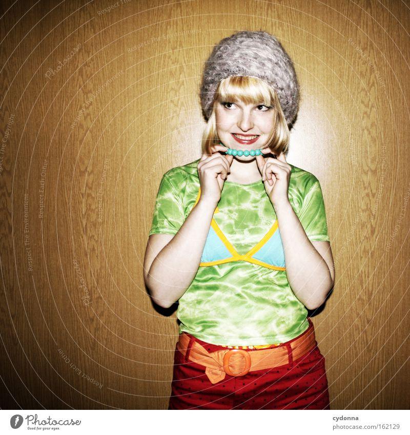 Das Wort zum Freitag - ich überleg noch ... trashig Mode Geschmackssinn attraktiv Frau Mensch Karneval Mütze Mut selbstbewußt Humor Konzentration Club bad taste