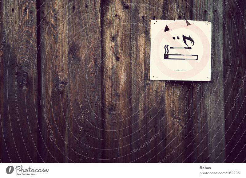 Rauchen verboten Verbotsschild Feuer Zigarette Schilder & Markierungen Holz Holzwand Hinweisschild Symbole & Metaphern Warnhinweis Warnschild Industrie