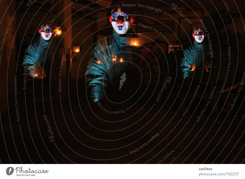 In den Werkstätten der carlauer-Produktion Freude dunkel Angst lustig Maske Karneval gruselig verfallen Panik Clown unheimlich Halloween Schrecken unsicher Beruf