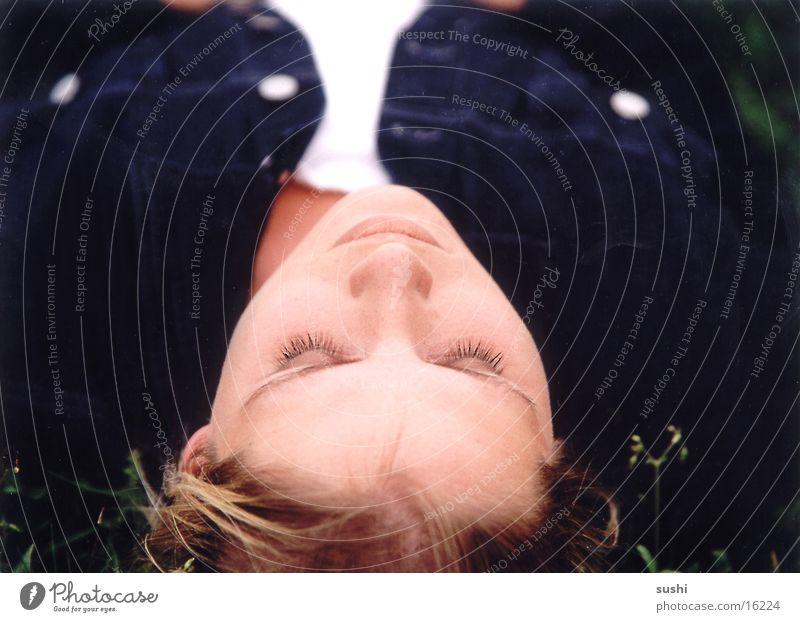 schlafend Frau Mensch Natur Wiese schlafen
