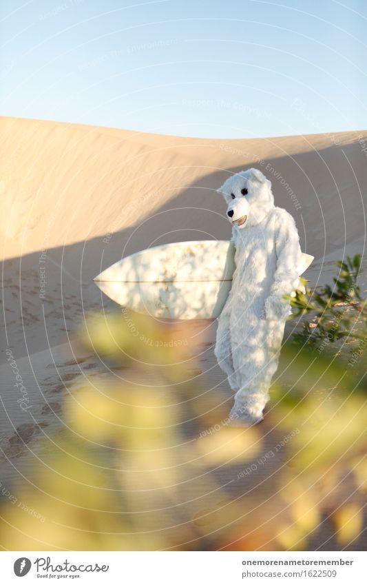 going home Natur Erholung Freude Kunst Freiheit Sand ästhetisch laufen Kreativität Wüste Irritation Kostüm Surfen Surfer Bär extrem