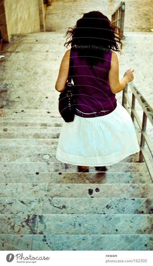 lisbon story Frau Stein laufen rennen Treppe Geländer Treppengeländer Eile Lissabon Marmor Portugal Steintreppe