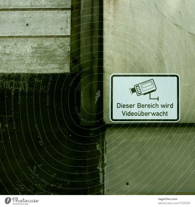 FILM AB Schilder & Markierungen Sicherheit Schutz Fotokamera beobachten Hinweisschild Kontrolle Videokamera Geborgenheit Warnhinweis Überwachung Besitz Warnung