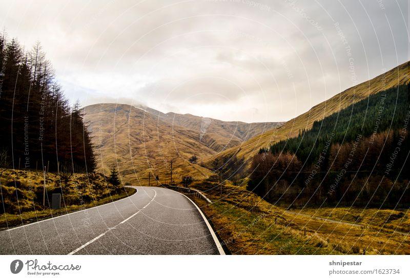 The Highlands Natur Ferien & Urlaub & Reisen Baum Landschaft Erholung Ferne Berge u. Gebirge Umwelt Straße Frühling Tourismus Verkehr wandern Sträucher Ausflug